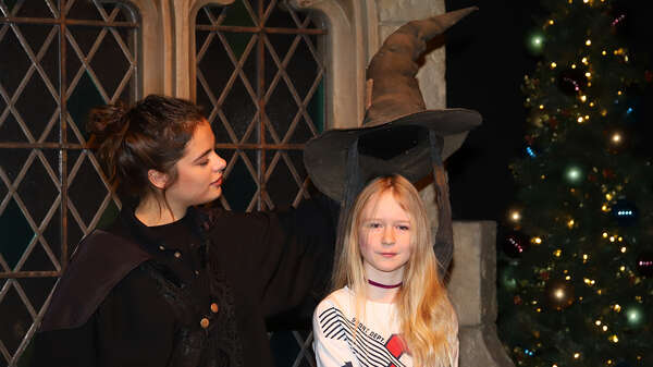 Hermine Thomas aus Thüringen in der Harry Potter-Ausstellung in Potsdam. Foto: Manfred Thomas